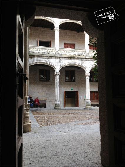 patio del castillo de Manzanares el Real